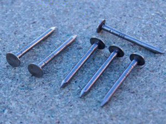 Punta de hierro para membranas
